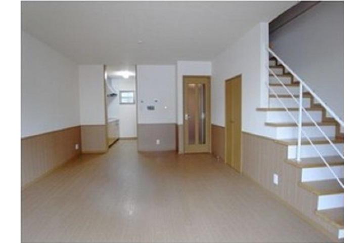 2LDK Terrace house to Rent in Nagoya-shi Higashi-ku Living Room