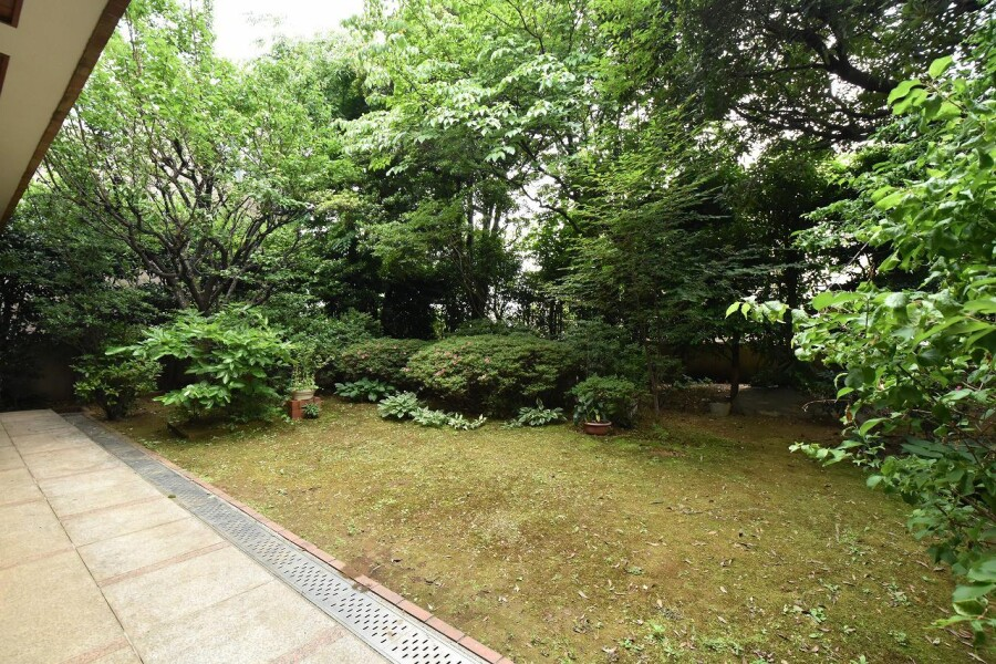 7SLDK House to Buy in Setagaya-ku Garden