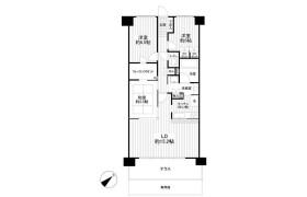 3LDK Apartment in Uragocho - Yokosuka-shi