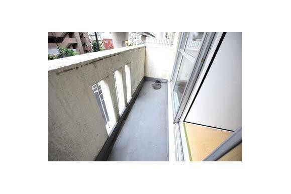 2SDK Apartment to Buy in Arakawa-ku Balcony / Veranda
