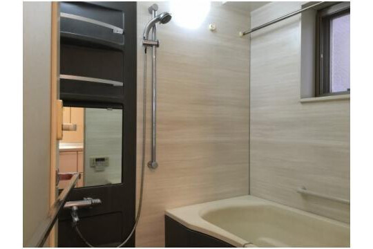 1LDK Apartment to Buy in Shinagawa-ku Bathroom