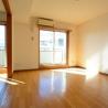 2LDK Apartment to Rent in Setagaya-ku Living Room