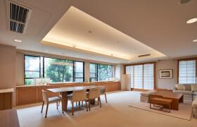 2SLDK {building type} in Minamiaoyama - Minato-ku
