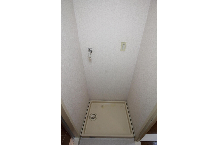 1DK Apartment to Rent in Katsushika-ku Outside Space