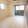 1K Apartment to Buy in Minato-ku Bedroom