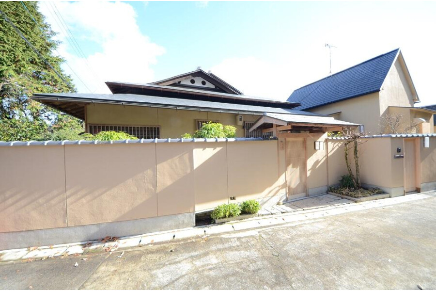 4LDK House to Buy in Kyoto-shi Sakyo-ku Exterior