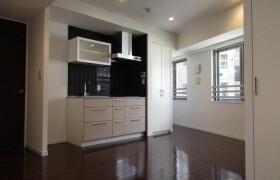 1R Apartment in Motoazabu - Minato-ku