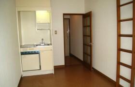 1R Apartment in Higashihara - Zama-shi