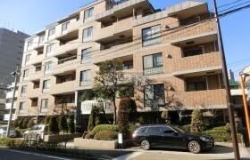 3LDK Apartment in Higashi - Shibuya-ku