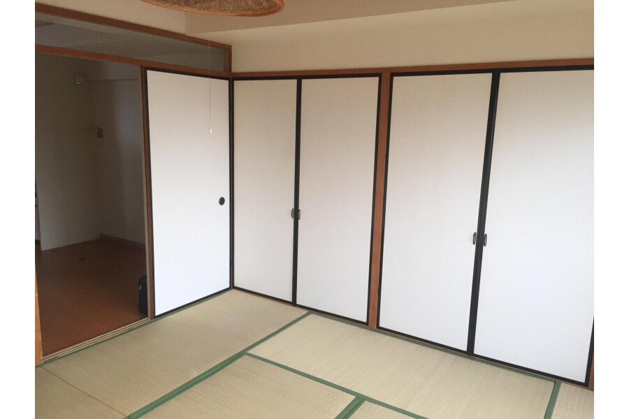 1LDK Apartment to Buy in Kyoto-shi Higashiyama-ku Bedroom