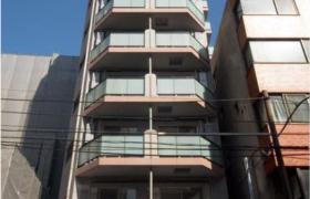 1R Apartment in Tansumachi - Shinjuku-ku
