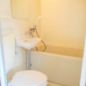 1K Apartment to Rent in Koto-ku Bathroom