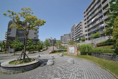 3LDK Apartment to Rent in Nisshin-shi Exterior