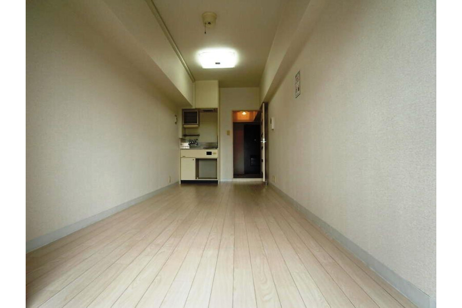1R Apartment to Rent in Yokohama-shi Kanagawa-ku Exterior