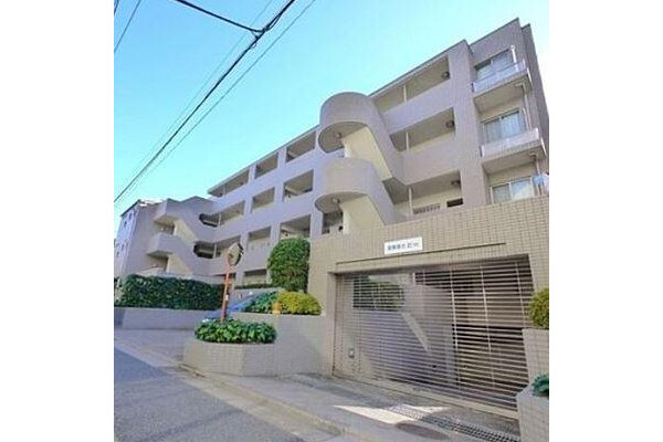 3LDK Apartment to Buy in Nakano-ku Exterior