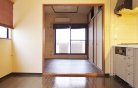 1LDK Apartment in Kitahorie - Osaka-shi Nishi-ku