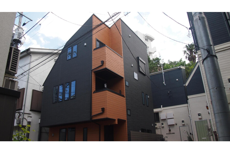 4LDK Apartment to Buy in Ota-ku Exterior