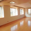 4SLDK Town house to Rent in Minato-ku Living Room