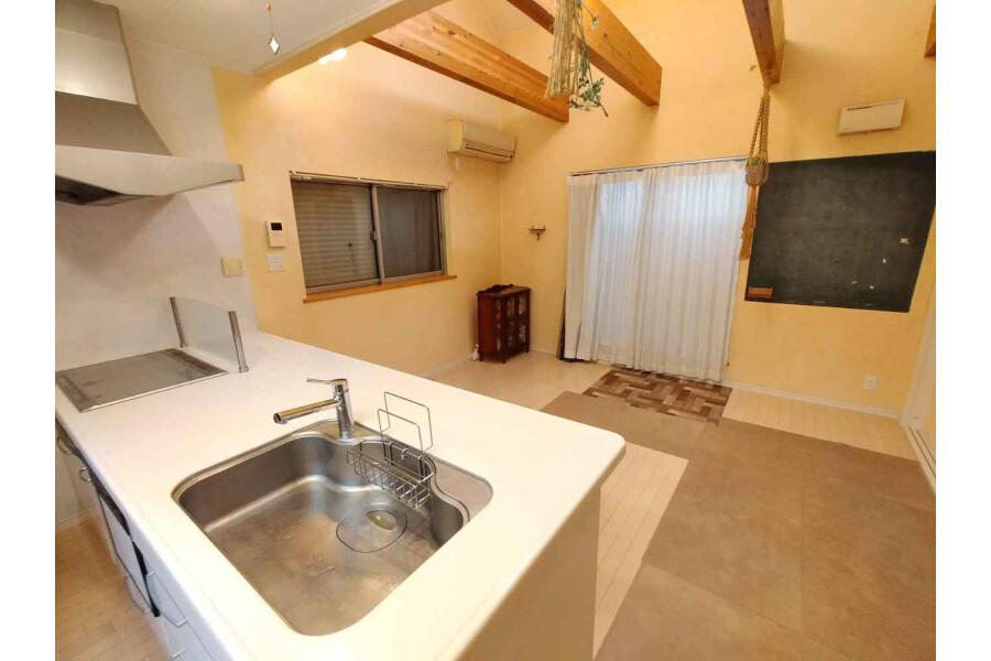 4LDK House to Buy in Higashiosaka-shi Living Room