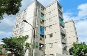 新宿区 西落合 3LDK {building type}