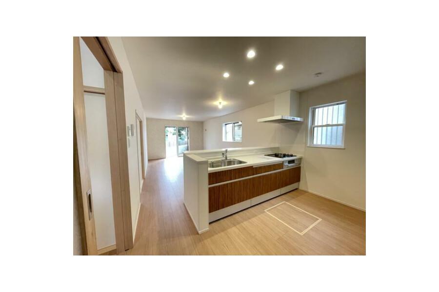 4LDK House to Buy in Sakai-shi Sakai-ku Living Room