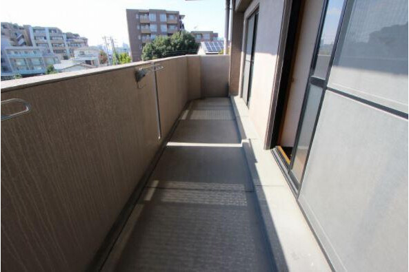3SLDK Apartment to Rent in Nagoya-shi Chikusa-ku Balcony / Veranda