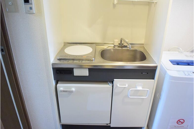 1K Apartment to Rent in Osaka-shi Miyakojima-ku Kitchen